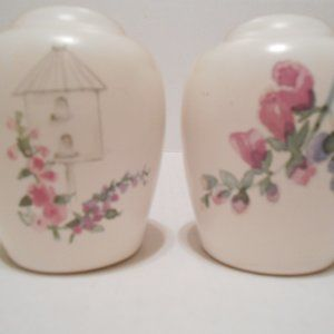 Pfaltzgraff Cape May Salt & Pepper Set